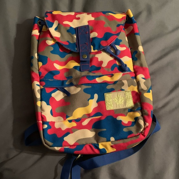 Colourful Cooler Backpack 🦋